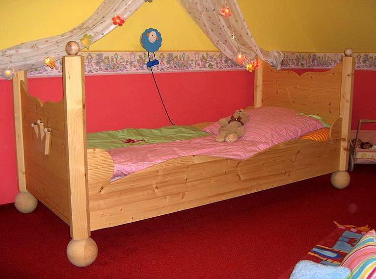 kinderbett prinzessin bett lilli. Black Bedroom Furniture Sets. Home Design Ideas