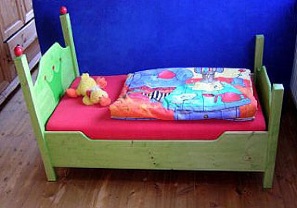 Kinderbett junge  Kinderbett Niklas, das erste Bett von Zwergenmöbel