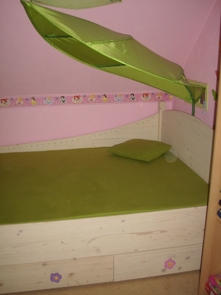 ein elfenbett nicht nur f r m dchen. Black Bedroom Furniture Sets. Home Design Ideas